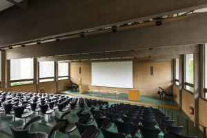 Bernard Sunley Lecture Theatre_view from back-small